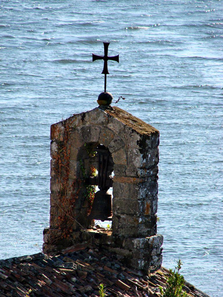 22/09/2007 Torres de Oeste. Campanario da Capela de Santiago